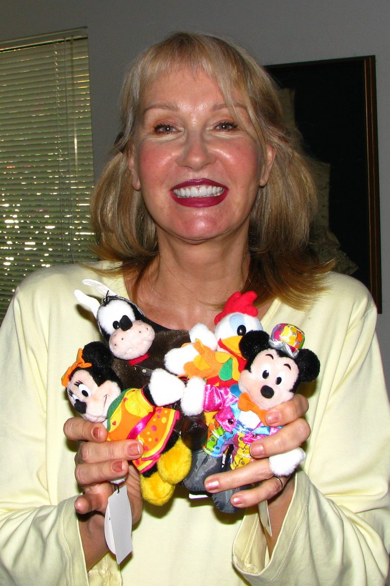 Alyja Kalinich - designer of costumes for Disney theme parks