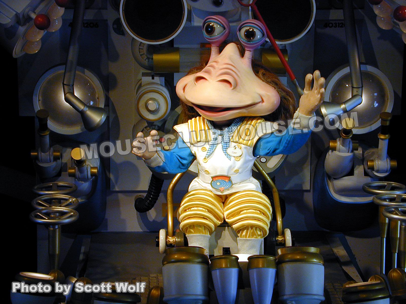 Tony Solaroni in Tokyo Disneyland