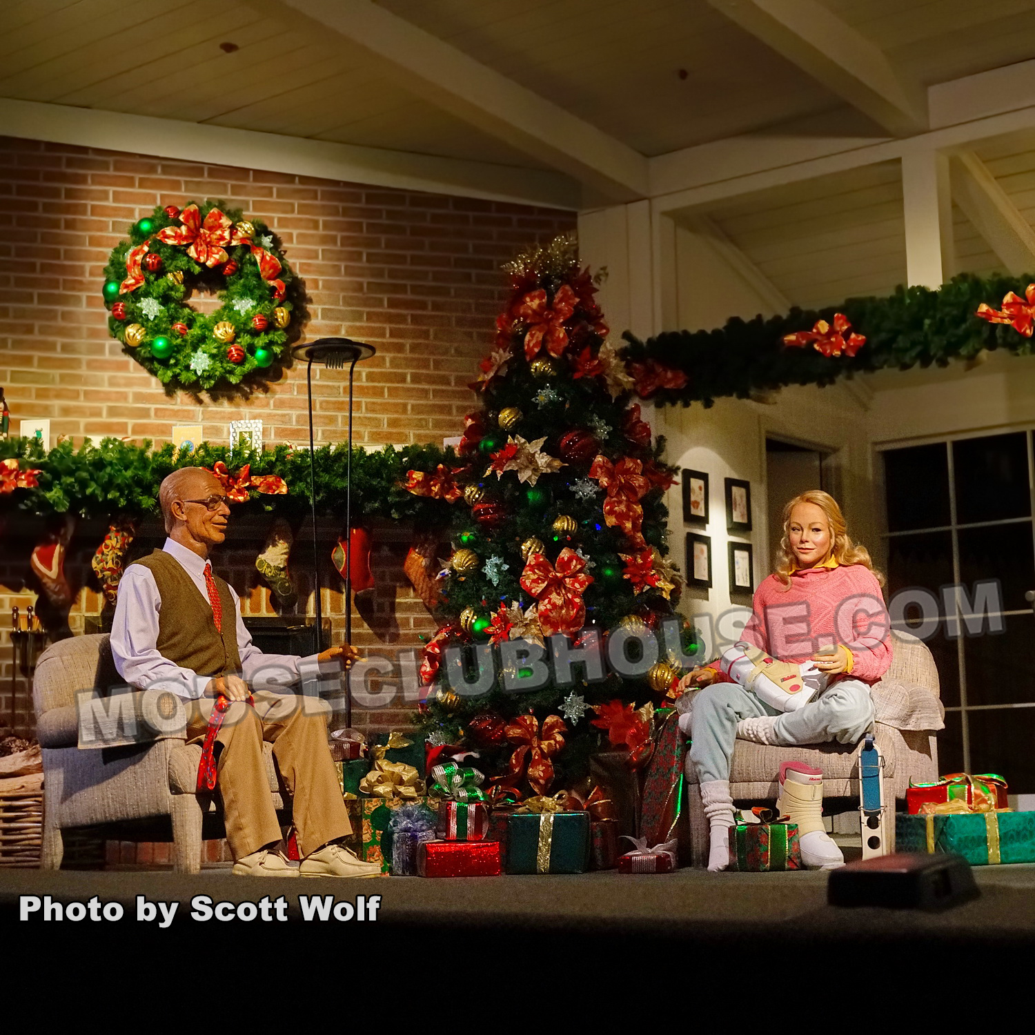 Carousel of Progress - Christmas scene in the Magic Kingdom in Walt Disney World